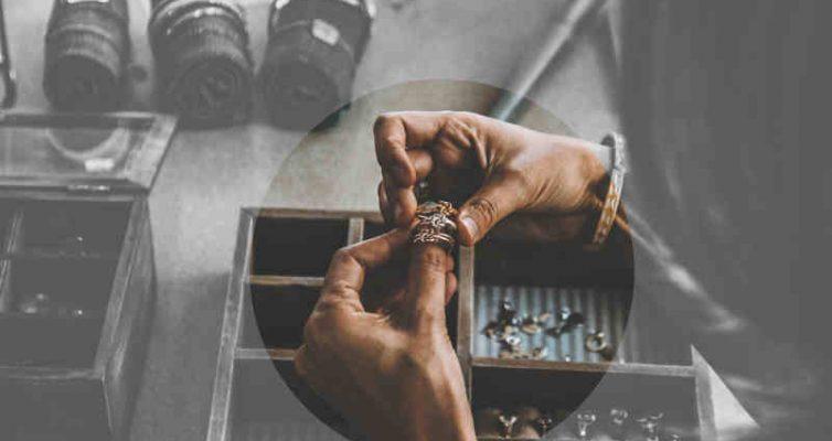 Boite à bijoux a clé